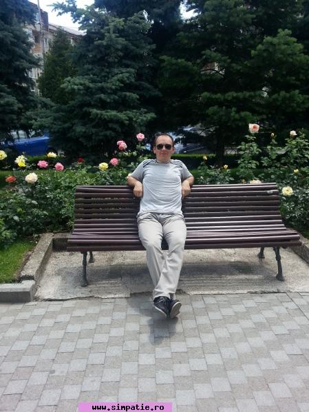 femeie singura caut barbat târgoviște