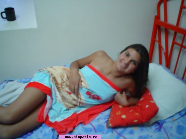 servicii sexuale baby-girl