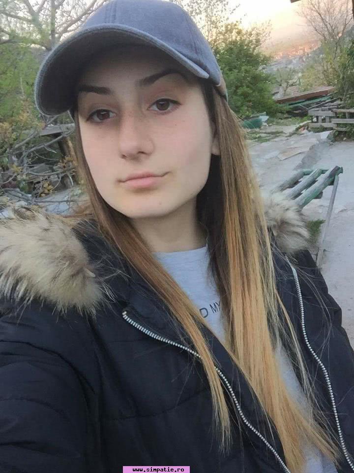 fete frumoase care caută bărbați din Drobeta Turnu Severin